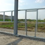 Türwechsel mit innenseitiger Hilfskonstruktion als Montagehilfe für Bauunternehmer